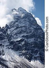 wolkenhimmel, aus, felsig, unclimbed, spitze, 5939, himalaya