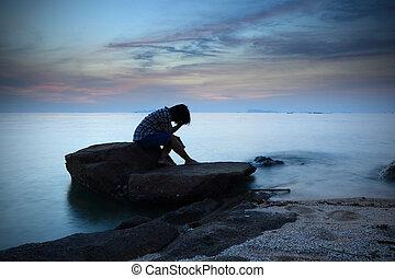 woman ül, szemlélő, kő, egyedül, tengerpart