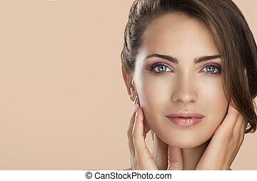 Woman beauty face portrait isolated on neutral color with ...