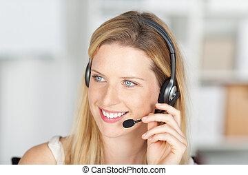 woman in costumer service