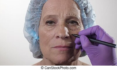 Woman is preparing for a facelift