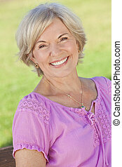 woman, lächelt, attraktive, älter