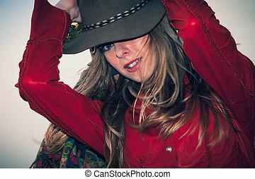 woman portrait with hat