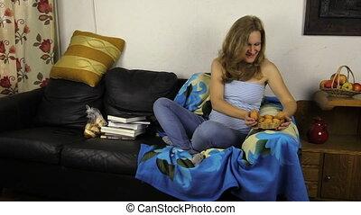 woman pregnant cupcake
