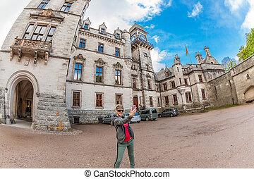 Woman selfie at Dunrobin Castle