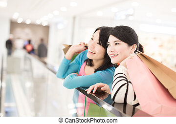 woman shopping in the mall - Happy woman shopping in the...