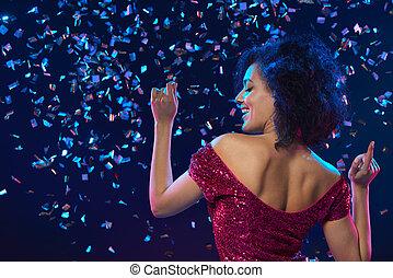 woman, tanzt, auf, a, party, aus, bunte, hintergrund, mit,...