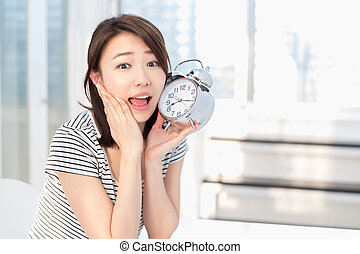 Woman to see a clock