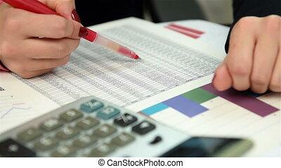 woman trader checking budget and drawing maximum value