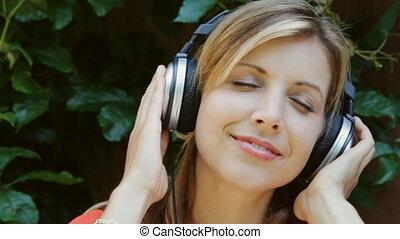 woman., velouté, headphones., jeune