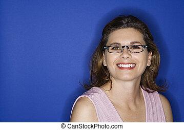 Woman wearing eyeglasses.