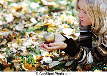 woman with golden apple
