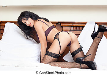 Woman with hot sexy body in bed - Young woman with hot sexy...