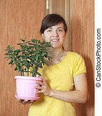 woman with jade tree