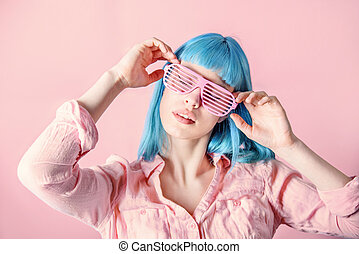 Woman with pink glasses