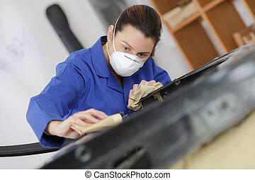 woman worker wearing mask