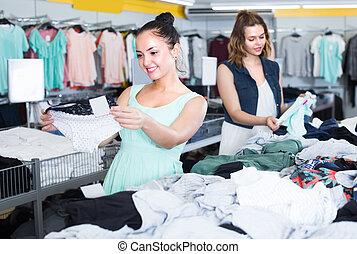 Women are choosing panties