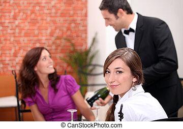 Women eating in a restaurant