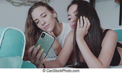 Women friends spending free time in beautiful house - Happy...