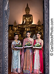 Women in Thai dress traditional