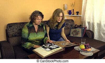 women photo album