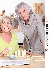 Women playing dominoes