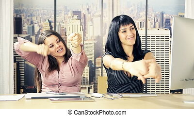 women starting working in office