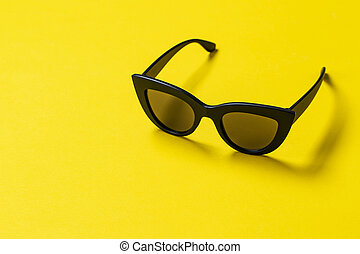 women's sunglasses top view