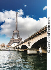 Wonderful view of Eiffel Tower in all its magnificence -...