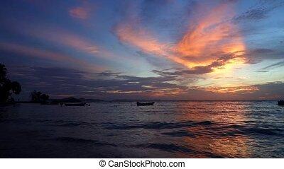 Nightfall. - Wongamat Beach Nightfall. North of Pattaya...