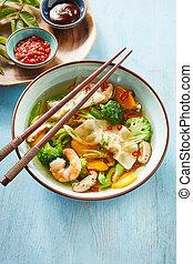 wonton, chinois, boulettes, bol, soupe, savoureux