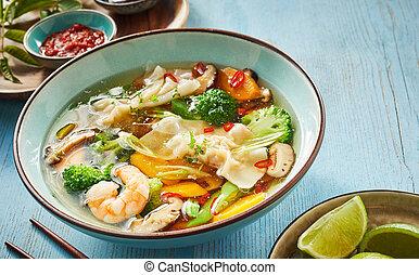 Wonton soup with dumplings and shrimp