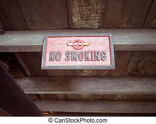 Wood sign no smoking