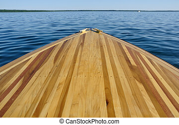 Wood Strip Bow Deck of Wooden Boat Using Poplar and Mahogany