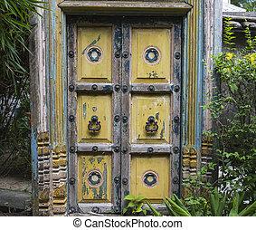 wooden ajtó, ázsiai
