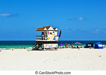 wooden bay watch hut at the ocean in Miami South
