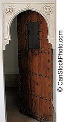 Wooden door 4