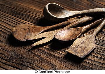wooden kitchen accessories