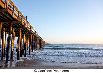 Wooden Pier, Ventura, CA - Historic wooden pier in city of...