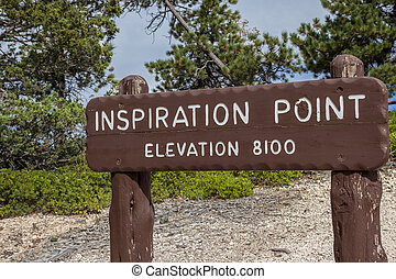 Wooden sign at Inspiration point in Bryce Canyon