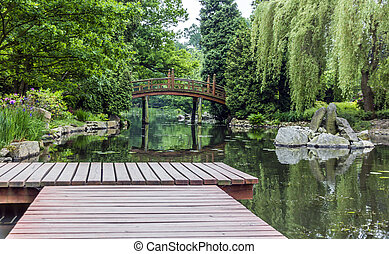 wooden stég, alatt, egy, japanese kert