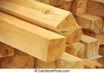 wooden tartó
