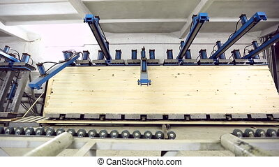 View on production of edge-glued panel - Woodworking. View...
