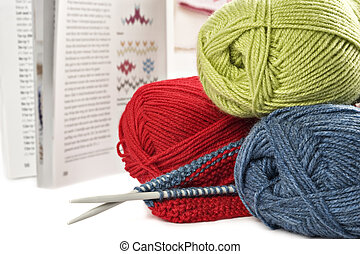 Wool yarn pens and pattern book