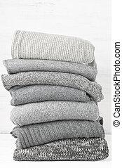 Woolen knitted sweaters