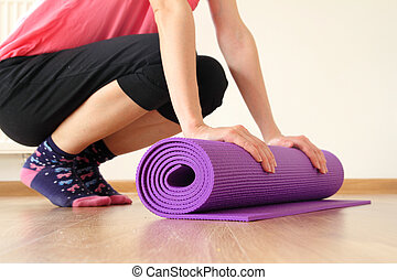 wooman, con, stuoia yoga
