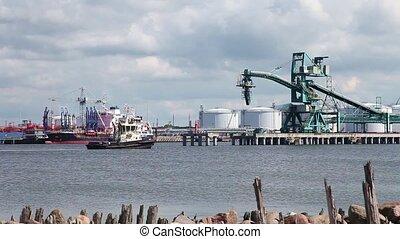 Work sea port
