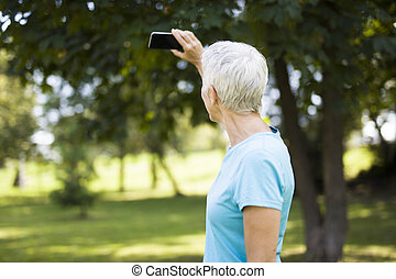 workaout, 女, selfie, 後で, 公園, シニア, 取得