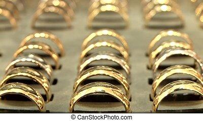 (workbench, goldsmith), anneaux