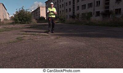 Worker landing drone